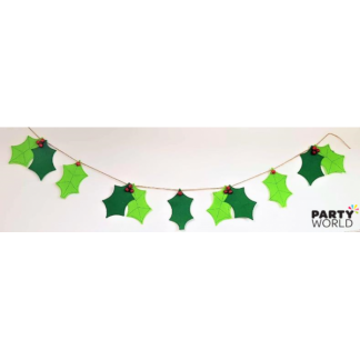 Felt Holly Garland - 7 Pces