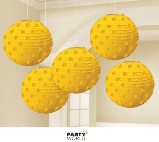 yellow mini lanterns