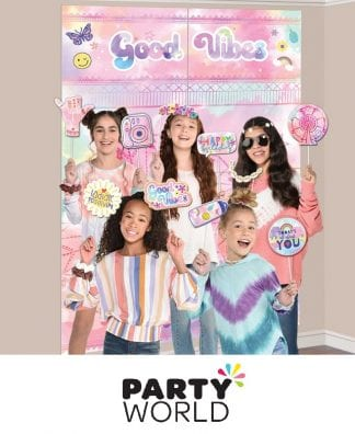 Girl-Chella Birthday Scene Setter And Assorted Photo Props