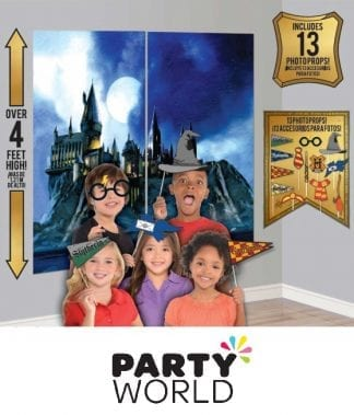 Harry Potter Party Scene Setter With Photo Props