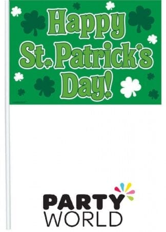 Happy St Patrick's Day Plastic Flags (12)